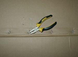 jak zrobić półkę na buty z pudełka4