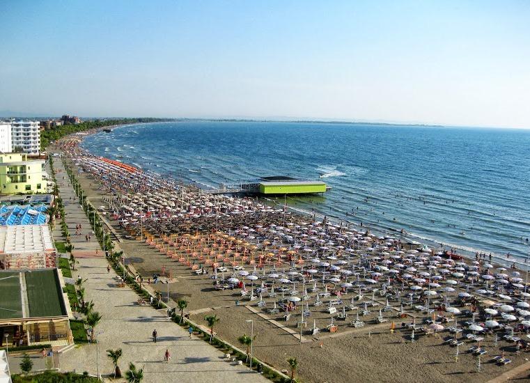 Пляж Шенджина