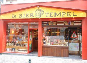Магазин De Bier Tempel предлагает 600 сортов пива