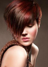 Женска фризура за округло лице 1