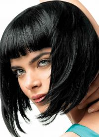 кратка фризура са шишмама 9