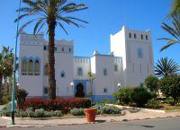 Здание дворца губернатора Сиди-Ифни