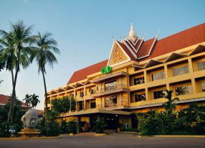 Отель Angkor