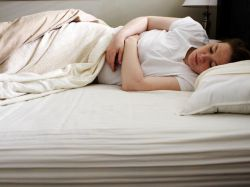 wczesne objawy ciąży pozamacicznej