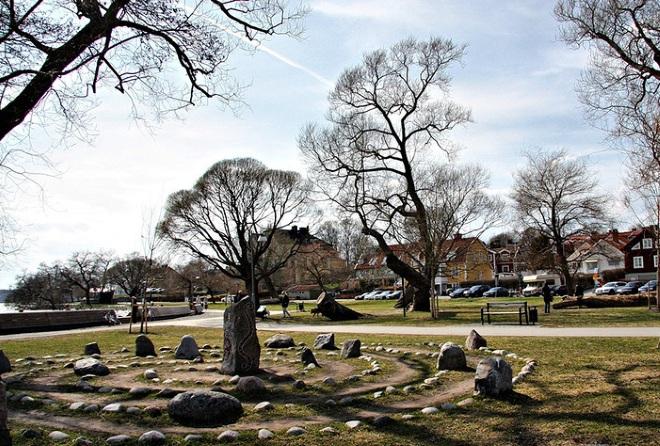 Рунические камни - основная достопримечательность города