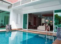 Independence Hotel Resort & Spa 4 бассейн