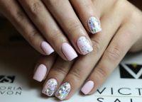srebrny manicure 11