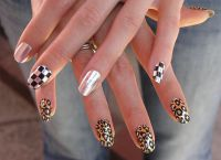 srebrny manicure 9