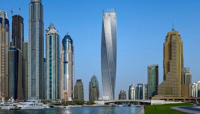 Закрученный небоскреб