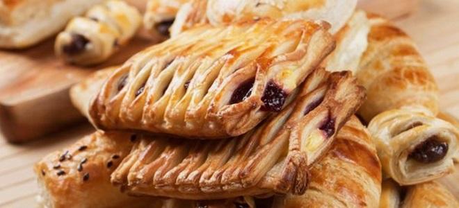 ciasto francuskie z wiśni
