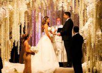 Пара готовила свадебную церемонию целый год