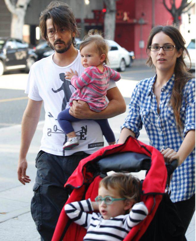 Супруги с сыном Херонимо и дочерью Фионой