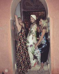 Восточная невеста: Агрон с подружками