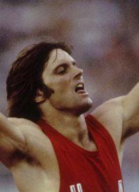 Олимпийский чемпион Брюс Дженнер
