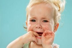 стоматитис код детета 2 године