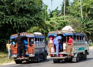 Общественный транспорт daladala