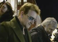 Лидер «U2» на улице любимого Дублина
