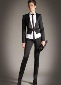 surowy kostium żeński 1