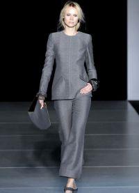surowy kostium żeński 2