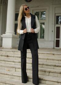 surowy kostium żeński 3