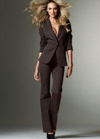 surowy kostium żeński 7