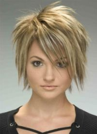 stylové účesy pro krátké vlasy 4