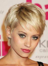 stylové účesy pro krátké vlasy 5