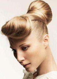 stylowe fryzury dla średnich włosów 8