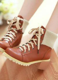Stylowe buty dla kobiet 8