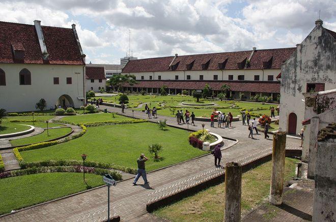 Форт Роттердам (Fort Rotterdam), Сулавеси