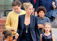 Heidi i Vito z dziećmi