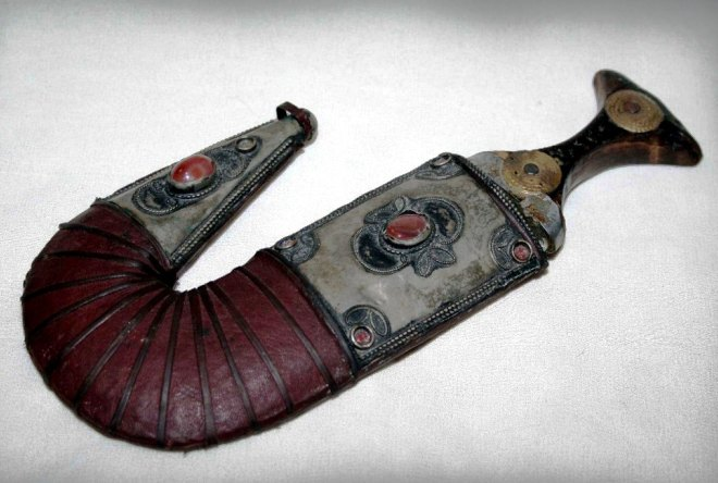 Нож из Омана
