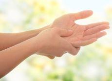 отицање руку током трудноће