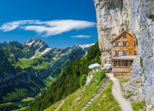 Отель в Швейцарских Альпах Berggasthaus Aescher