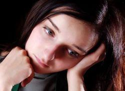 kakšni so znaki endometrioze