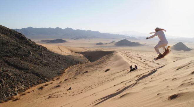 Сэндбординг в дюнах Табука