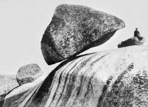 Так выглядел оригинальный падающий камень в конце XIX века