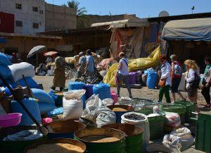 Специи на рынке Jnane al-Jaami