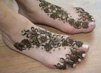 tatuaż henny na piechotę 5