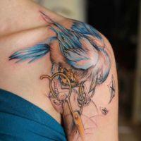 tatuaże kobiece na ramieniu 6