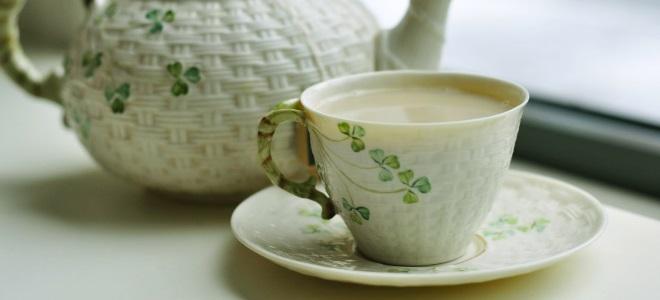 Zeleni čaj z mlekom