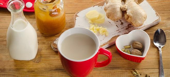Čaj z ingverjem in mlekom