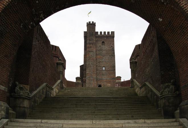 Выход к башне Карнан