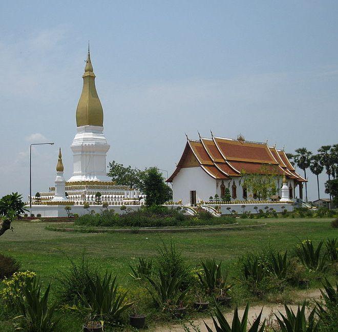Храмовый комплекс Тхат Сикхотабонг
