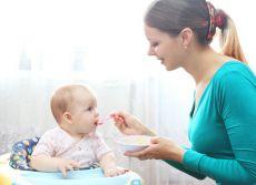 Co karmić dziecko po zatruciu