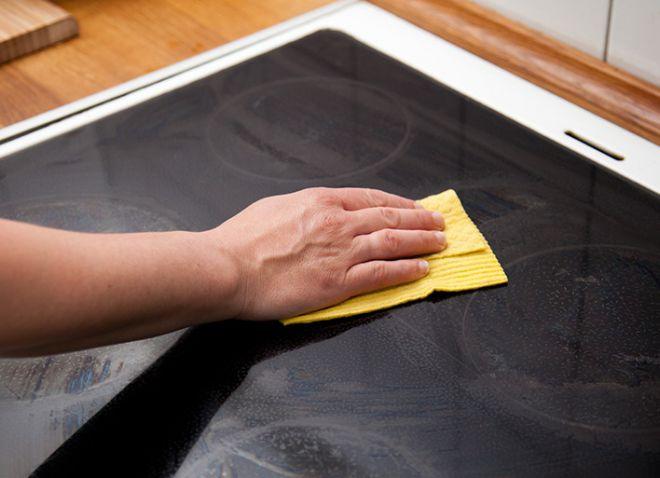 можно ли чистить стеклокерамическую плиту уксусом