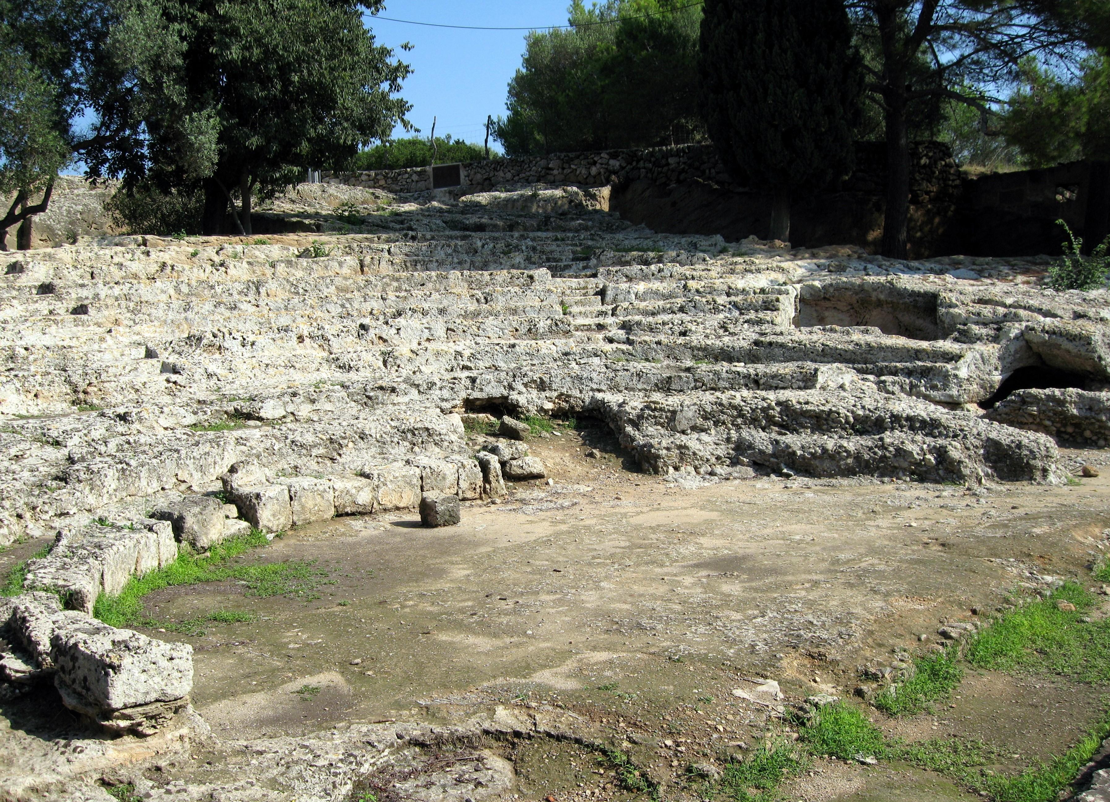 Древни град Полентија