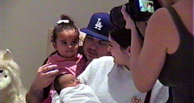 Роб Кардашьян с дочкой Дрим, Ким Кардашьян с дочкой Чикаго