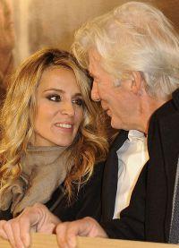 66-летний актер и 32-летняя светская львица встречаются как минимум год