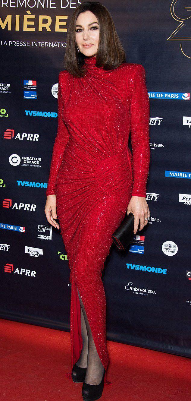 Моника Белуччи в блестящем платье